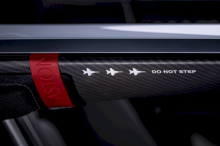 Aston Martin's V12 Speedster