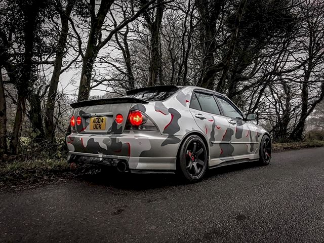 Nicks - Lexus IS200 Wrapped