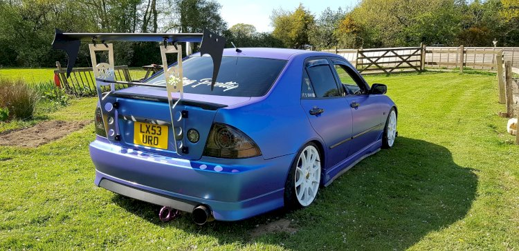 Sophie's - Lexus is200 supercharged