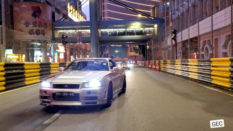 Jonathan - Nissan R34 Skyline GT-T