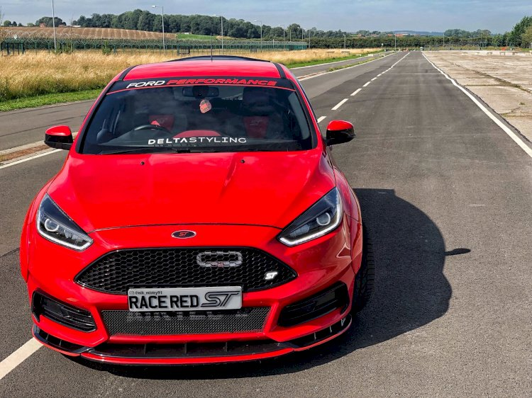 Nik Mistry - Ford Focus ST