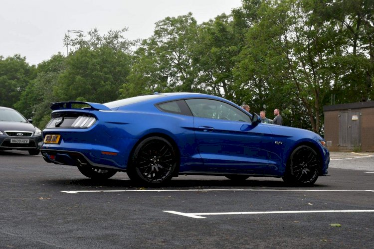 James knaggs - Ford Mustang 5.0 V8 GT
