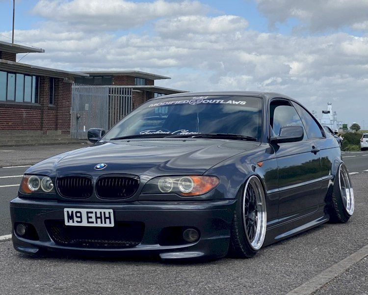 Courtney-Jane - BMW E46  Bagged