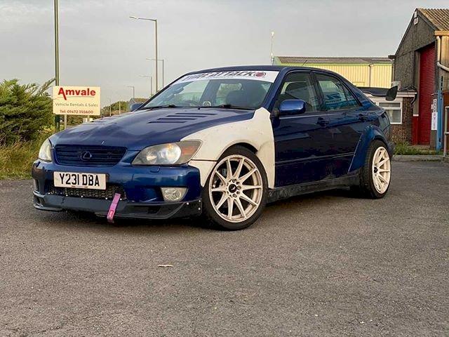 James - 2001 Lexus is200