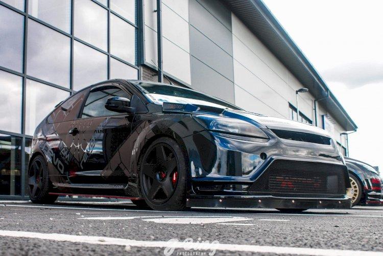 Lee Gibson  - Focus ST 225