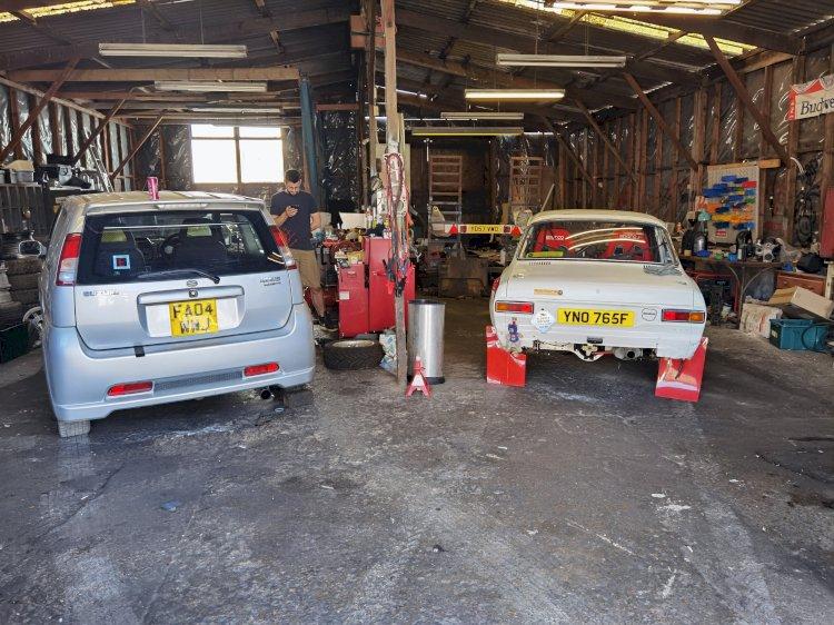 Thomas Carrington -  MK1 Ford Escort