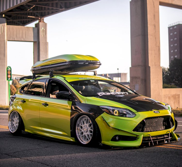 Michael - Bagged 2013 Ford Focus ST.