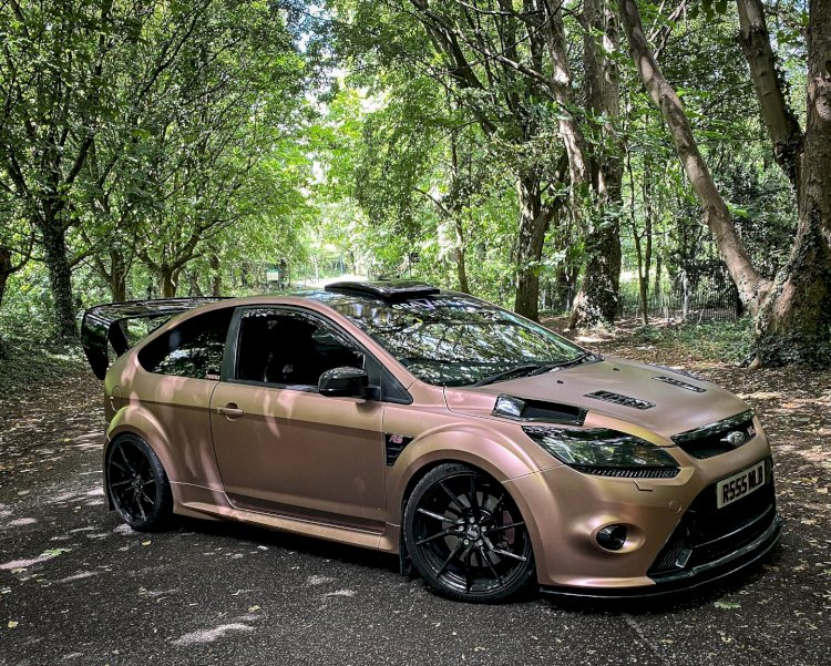 Nicola Bibby - Focus RS - That Pink RS