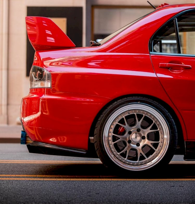 Rob Krajecki - 06' Mitsubishi Lancer Evolution MR