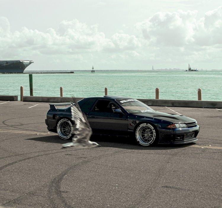 Richard Saenz  - 1989 Nissan Skyline R32 Gtst-t