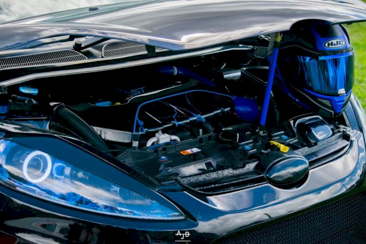 Alice Briggs - Ford Fiesta MK7 2009 Zetec S