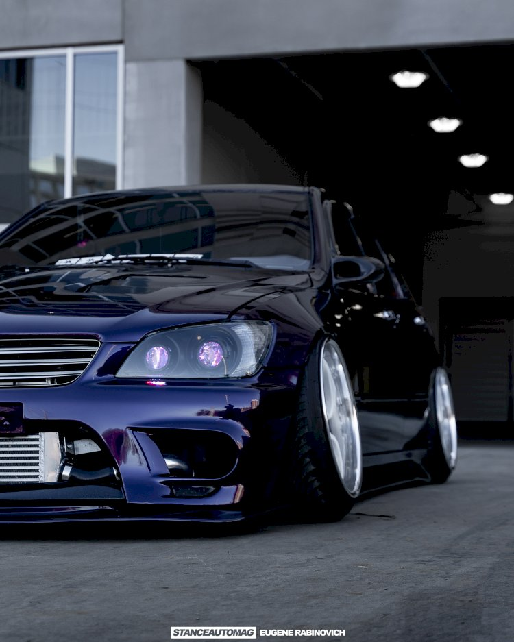 Michael Le  - 2002 Lexus IS300 Boosted