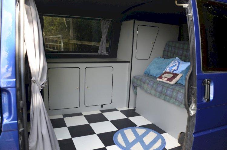 Simon Duffin - Volkswagen T4