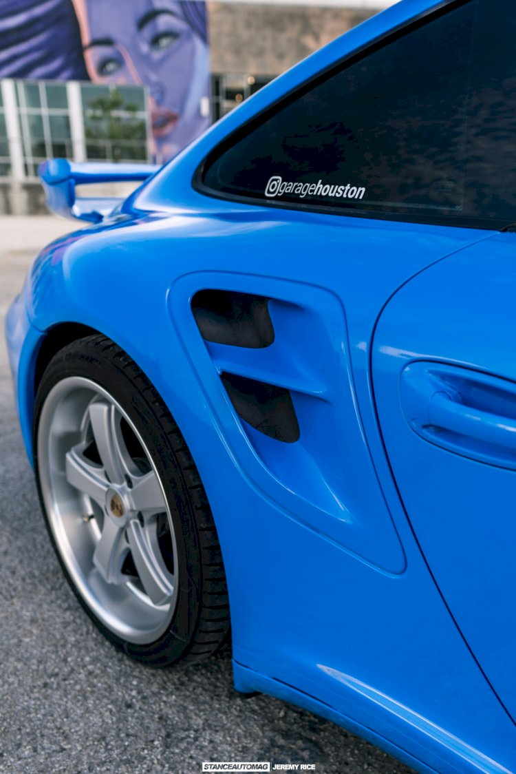 Alex A  - 2007 Porsche 911 Turbo