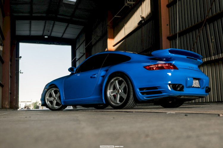 Alex A  - 2007 Porsche 911 Turbo