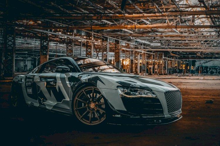 Ray  - 2012 Audi R8