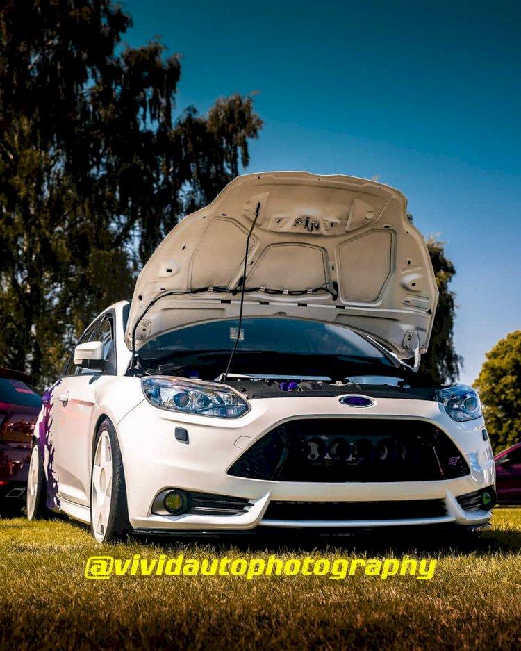 Ford Focus ST | Frozen White